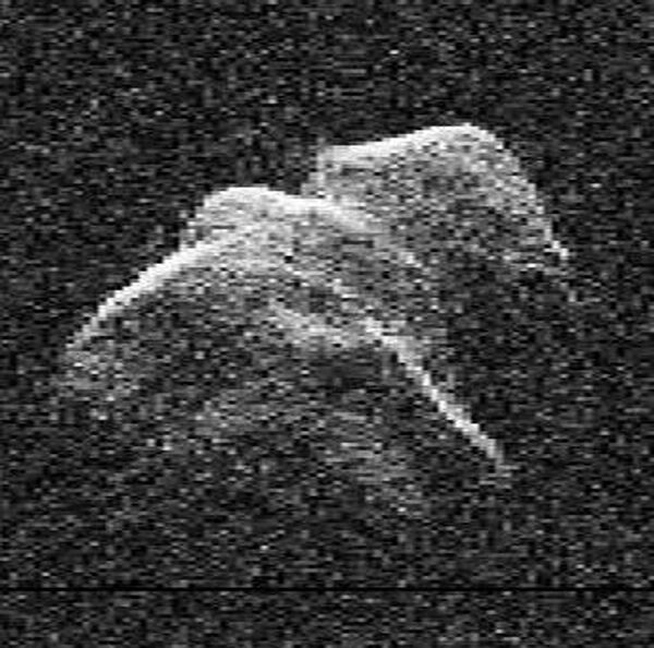 Радиолокационный снимок астероида Таутатис (4179 Toutatis)