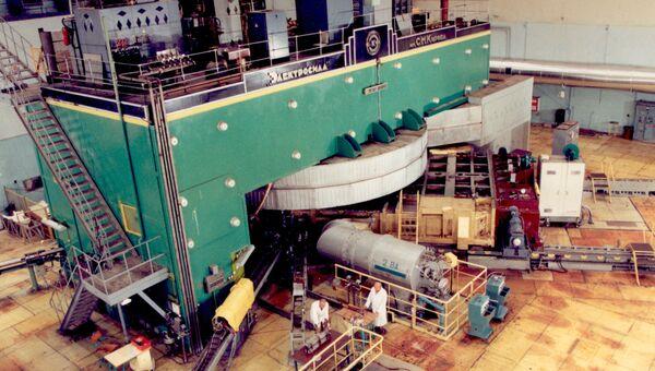 Ускоритель тяжелых ионов в Объединенном институте ядерных исследований (ОИЯИ) в подмосковной Дубне