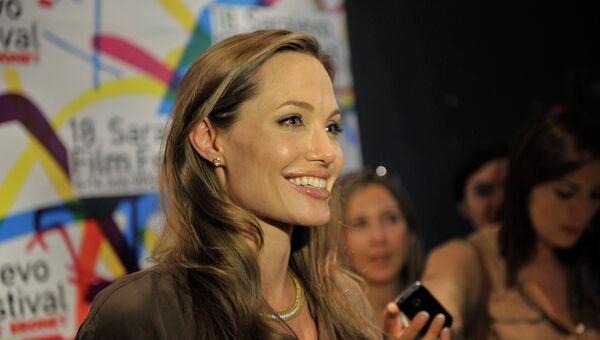 Анджелина Джоли на кинофестивале в Сараево