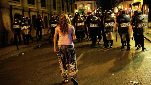 Столкновения демонстрантов с полицией в Мадриде