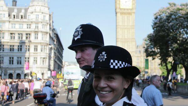 Лондонские полицейские, архивное фото