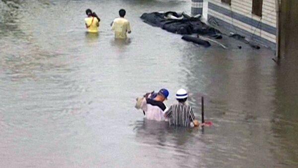 На месте происшествия: авария на МКАД и последствия тайфуна на Тайване