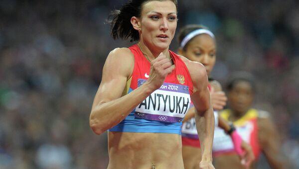 Наталья Антюх на ОИ в забеге на 400 м с барьерами