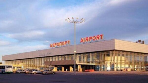 Аэропорт Гумрак, здание аэровокзала в Волгограде. Архив