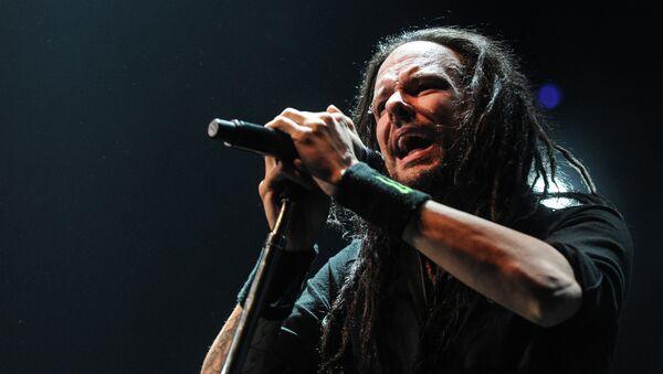 Вокалист американской группы Korn Джонатан Дэвис, архивное фото