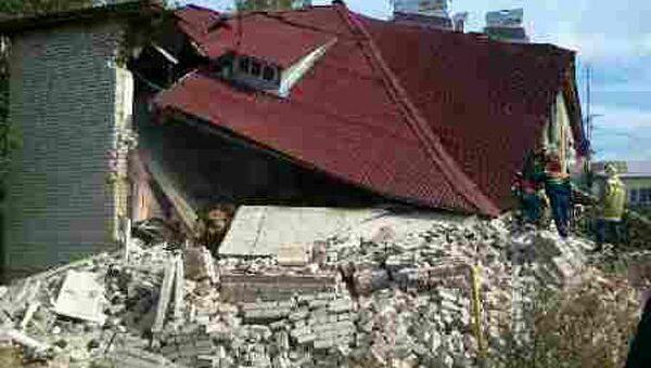 Частичное обрушение жилого дома в Ярославской области после взрыва газа
