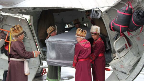 Прибытие мумии Принцессы Укока из Новосибирска в Горно-Алтайск