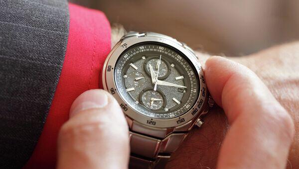 Мужские наручные часы. Архивное фото