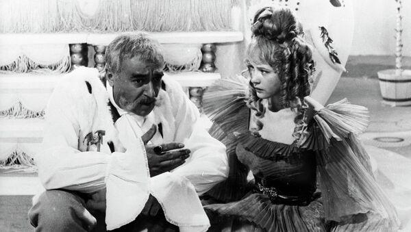 Кадр из фильма Старая, старая сказка