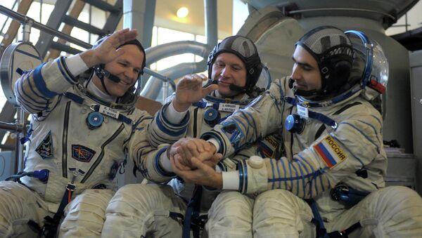 Комплексная тренировка основного экипажа МКС-33\34