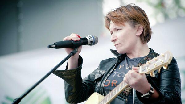 Лидер российской рок-группы «Ночные Снайперы» Диана Арбенина