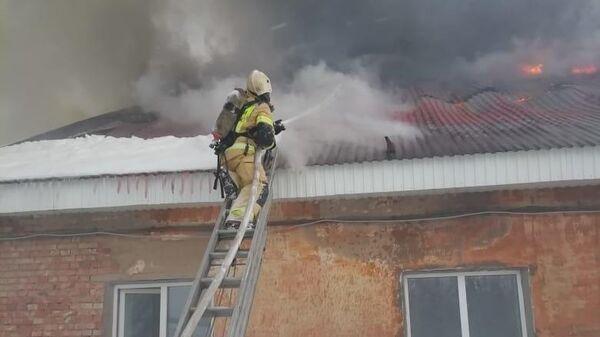 Пожар на территории гимназии №7 в Бугульме, Республика Татарстан. 29 января 2020