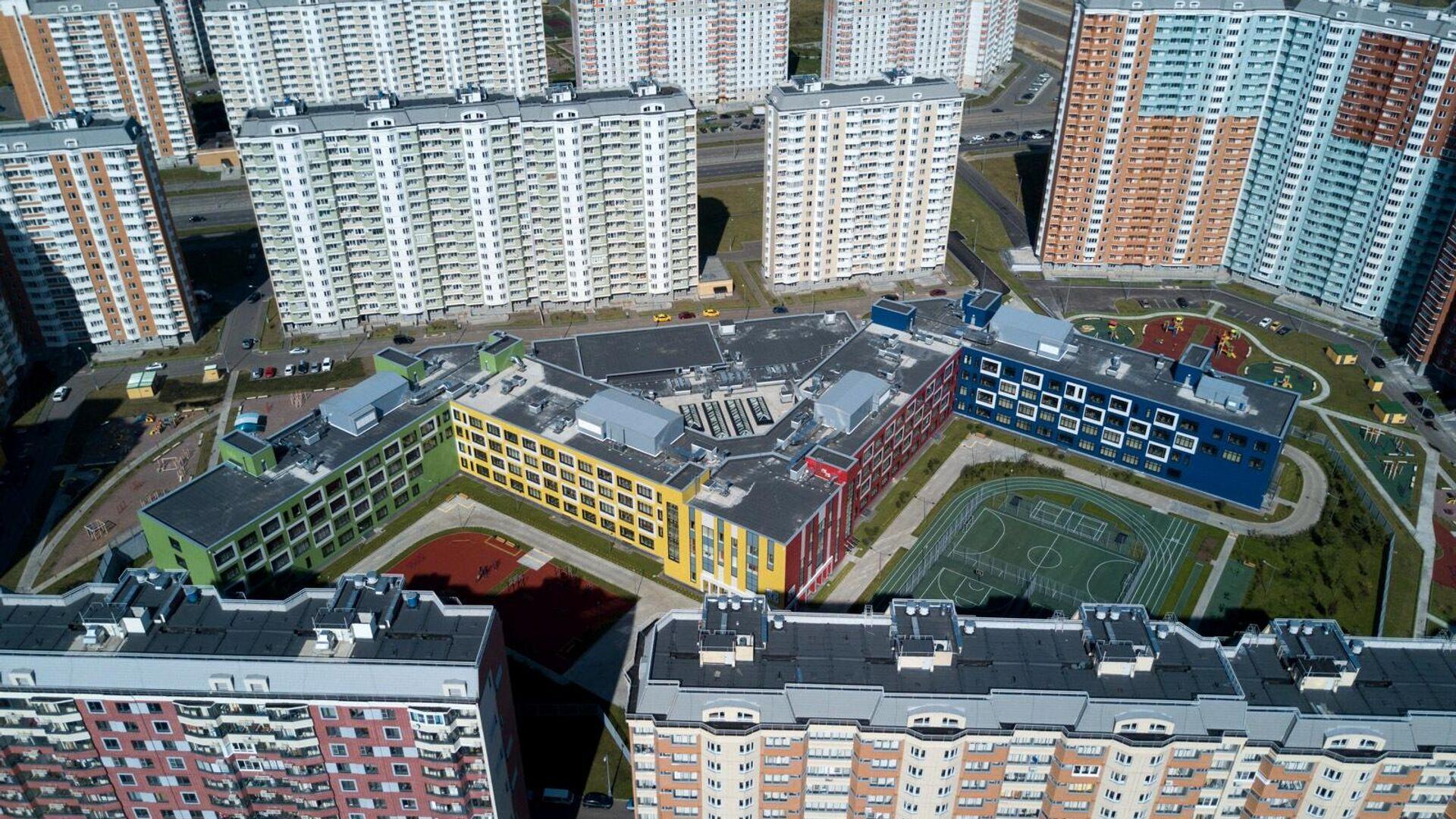 Самая большая в России школа открыта в Москве - РИА Новости, 1920, 04.09.2020