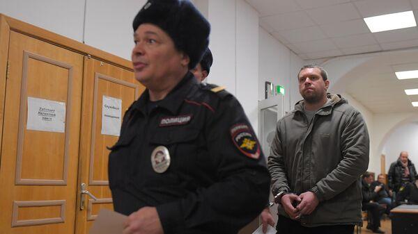 Бывший сотрудник полиции Денис Коновалов в Басманном суде
