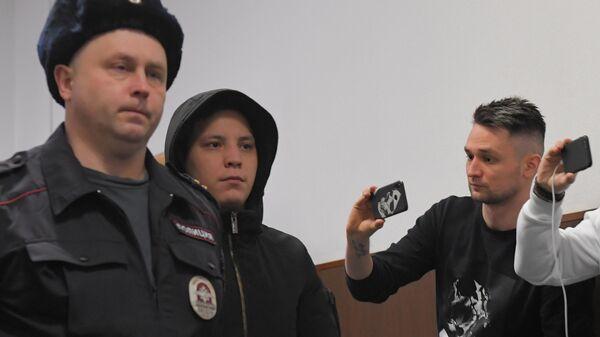 Бывший сотрудник полиции Акбар Сергалиев , обвиняемый в превышении должностных полномочий по делу И. Голунова