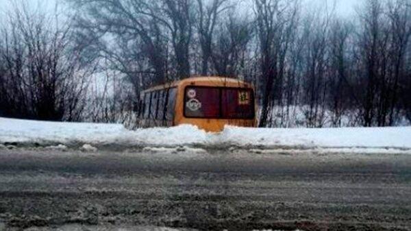 Последствия ДТП со школьным автобусом в Даниловском районе Волгоградской области