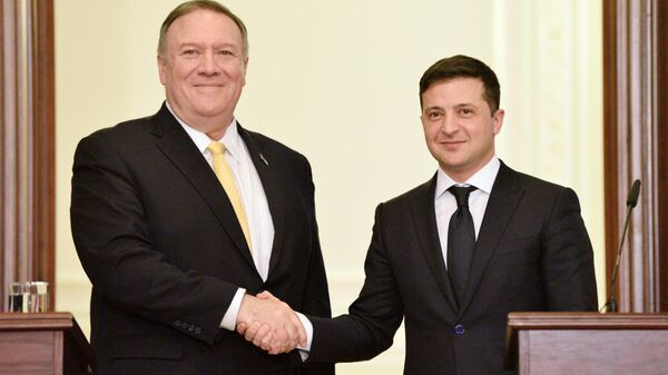 Госсекретарь США Майк Помпео и президент Украины Владимир Зеленский на пресс-конференции по итогам встречи в Киеве