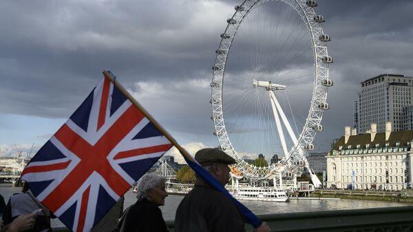 Пятница, 13-ое. Наоборот. Британия делает ноги. И делает себе нервы