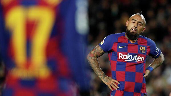 Полузащитник испанского футбольного клуба Барселона Артуро Видаль