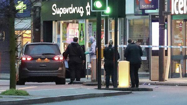 Судмедэксперты на месте происшествия в районе Стретэм, Лондон. 2 февраля 2020