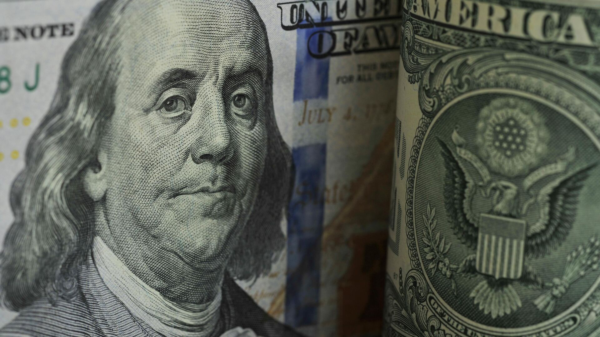 Доллару предсказали обвал