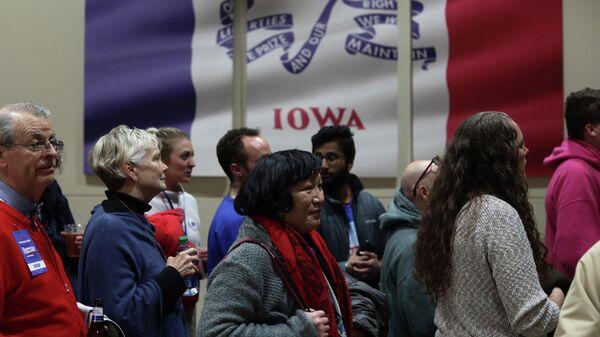Cторонники сенатора Берни Сандерса от Демократической партии в Айове