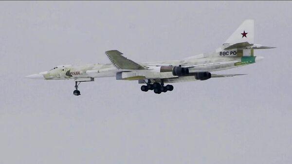 Первый полет модернизированного ракетоносца Ту-160М в Казани