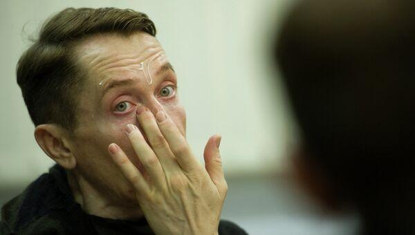 Влад Мамышев-Монро в роли Полония в спектакле по пьесе Шекспира Гамлет