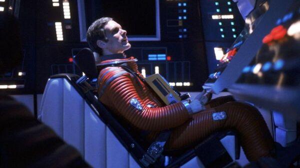 Кадр из фильма режиссера Стэнли Кубрика 2001 год: Космическая одиссея