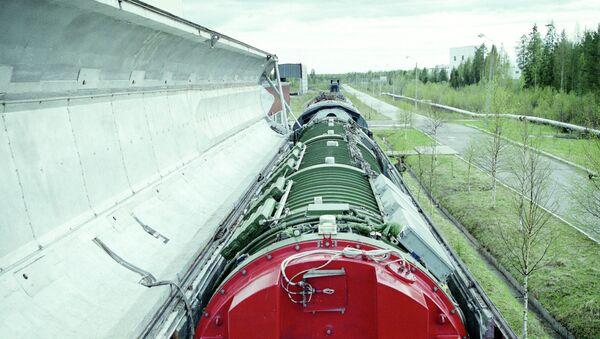 Боевой ракетный железнодорожный комплекс. Архивное фото