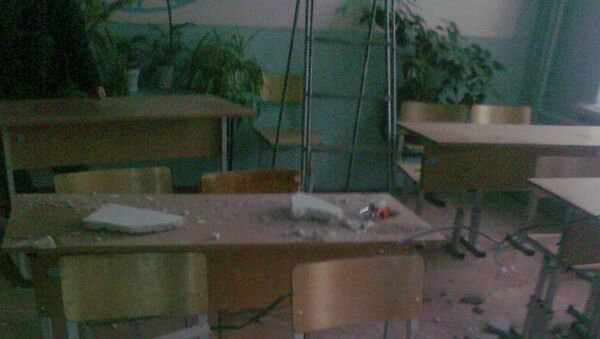 Штукатурка обрушилась на детей в одной из уральских школ