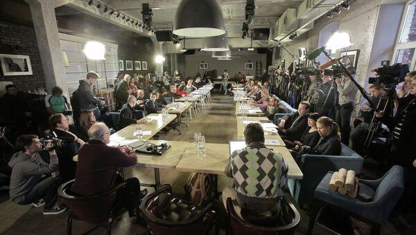 Заседание Координационного совета оппозиции. Архивное фото