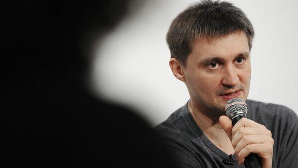Режиссер Павел Костомаров во время мастер-класса проекта Срок