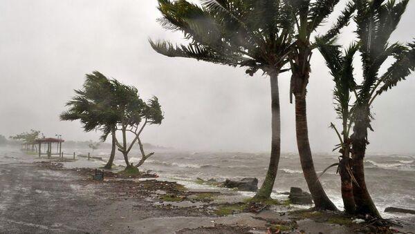 Мощный циклон Эван (Evan) на Фиджи