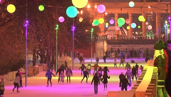 Мандарин-мобили, ярмарки и катки - развлечения Новогоднего фестиваля столицы