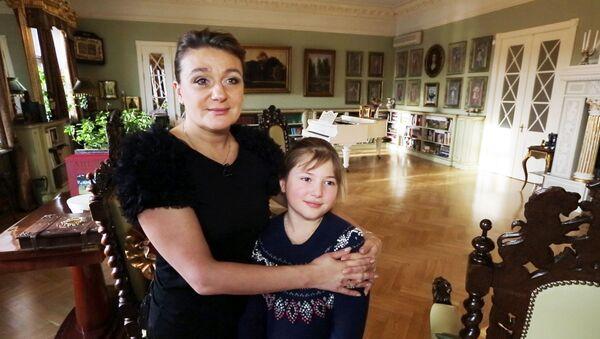 Где живут знаменитости: квартира Анастасии Мельниковой в центре Петербурга
