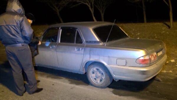 Следователи осмотрели машину, в которой был убит заммуфтия Северной Осетии