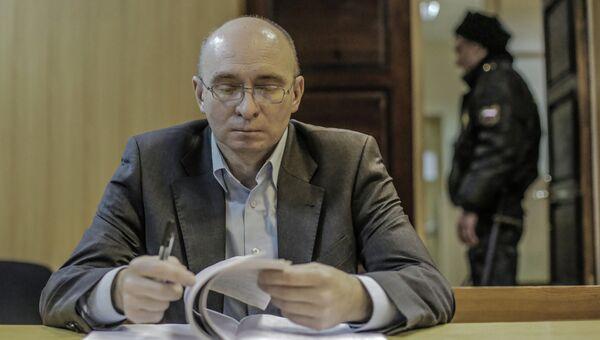 Бывший заместитель начальника СИЗО Бутырка Дмитрий Кратов в Тверском суде Москвы