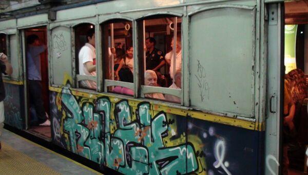 Самые старые в мире вагоны метро в Буэнос-Айресе