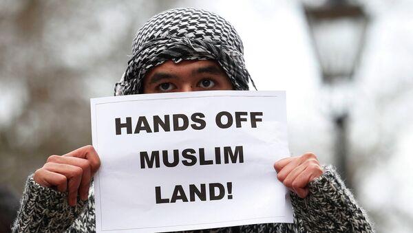 Протест в Лондоне против ввода французских войск в Мали