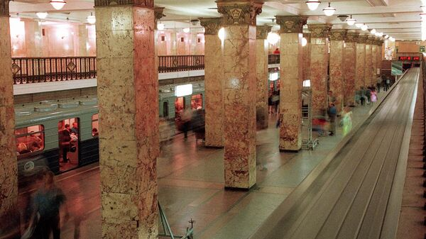 На станции метро Комсомольская-радиальная в Москве