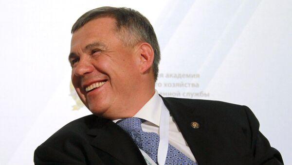 Президент Республики Татарстан, председатель Совета Ассоциации инновационных регионов России Рустам Минниханов