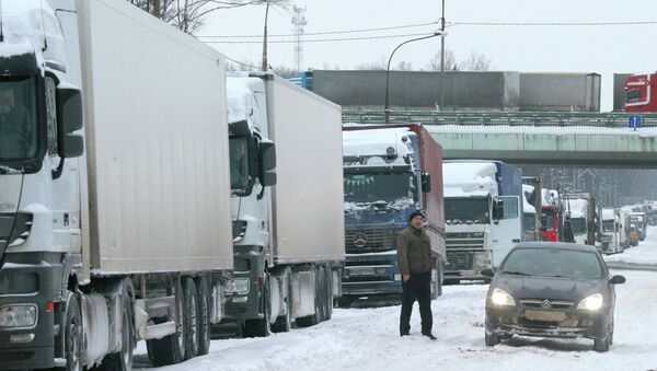Снегопад в Москве, МКАД. Архивное фото