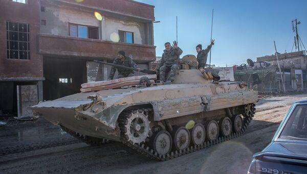 Военнослужащие сирийской армии в городе Дарайя, Сирия. Архив