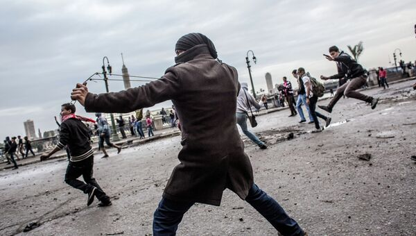 Беспорядки на улицах Каира. Архив