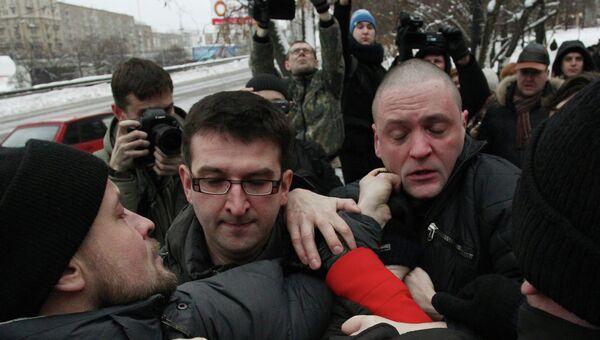 Панихида по активисту Другой России А. Долматову