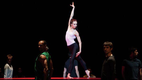 Балерина Диана Вишнева на репетиции в Оперном театре Лозанны
