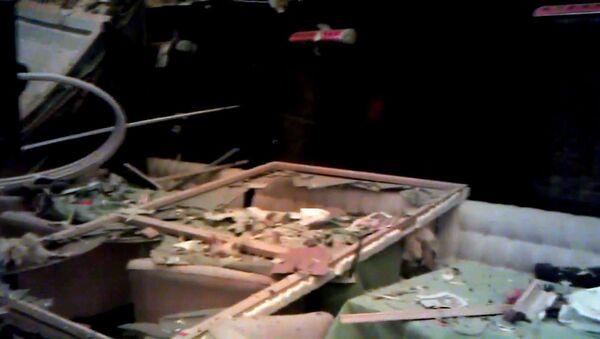 Обугленная мебель и выбитые стекла на месте взрыва газа в киевском ресторане