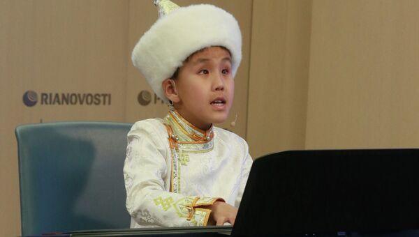 Презентация первого официального клипа 10-летнего бурятского музыканта и певца Лудуба Очирова