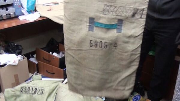 Полицейские нашли мешки с деньгами у организаторов сети серых терминалов